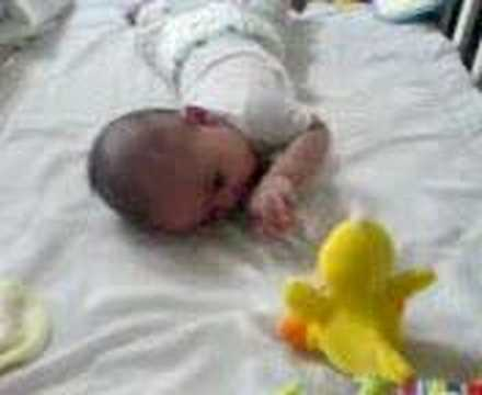 how to put baby on tummy