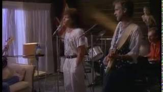 Mike + The Mechanics - Taken In (Official Video)