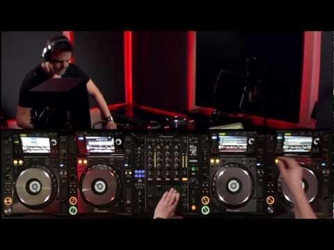 Markus Schulz - DJsounds Show 2013