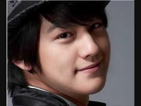 TOP 5 MOST CUTEST KOREAN BOYS