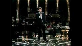 Watch Bobby Darin A Quarter To Nine video
