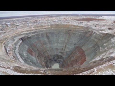 diamond mining inside earths gigantic holes youtube