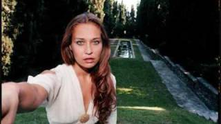 Watch Fiona Apple Why Try To Change Me Now video