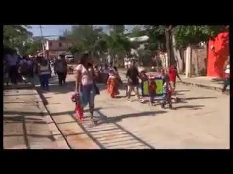 Balacera en desfile de jardín de niños en Cuajinicuilapa Guerrero