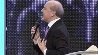 Viviendo bajo el control del Espíritu Santo - Pastor Claudio Freidzon (Congreso Ensancha 2010)