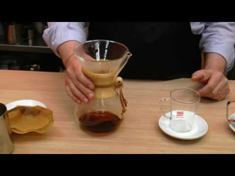 Learn how to prepare coffee as a professional barista