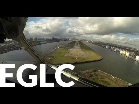 Incredible London City Cockpit Landing GoPro3