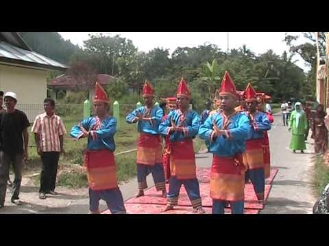 Perkahwinan Minang ( Baralek Minang ) [minangkabau Wedding] 01 Of 02 video