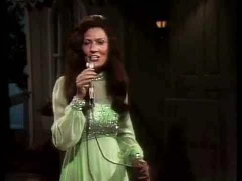 Loretta Lynn - Five Fingers Left