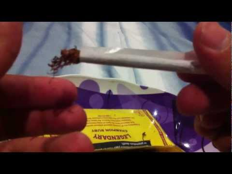 How To Roll a Hand Rolled Cigarette (Rollie)