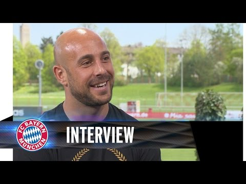Pepe Reina spricht Deutsch // speaks german