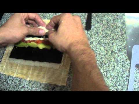 Cómo envolver un roll de sushi