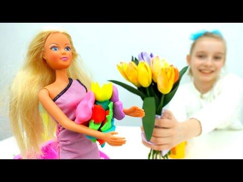 Игры для девочек в #КУКЛЫ — ТЕЯ И БУКЕТ ДЛЯ ТЕРЕЗЫ! #ДетскоеТворчество Пластилин #ПлейДо Play Doh