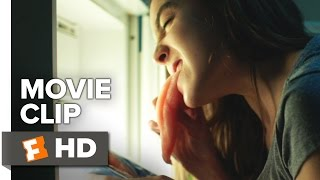 Raw Movie CLIP - Raw Chicken (2017) - Garance Marillier Movie