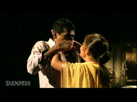 Siddharth Jadhav Marathi Movie Scene - Bakula Namdev Ghotale - Sonali Kulkarni video