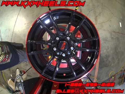 Akita Wheels AK77 Black with Red Stripe