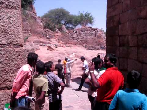 Ali Meppattu With Chitradurga Spiderman Koothali Raj video