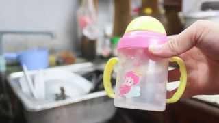 Cách vệ sinh bình uống nước cho bé