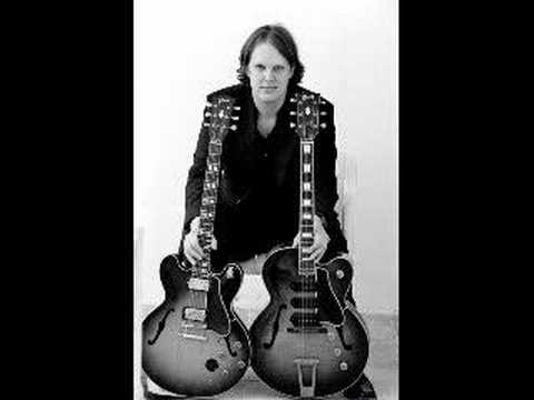Joe Bonamassa - Bridge To Better Days
