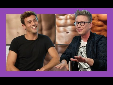 Guessing Celebrity Abs with Tom Daley | The Tyler Oakley Show thumbnail