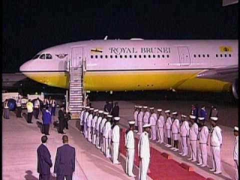 Arrival of the Foreign Minister of Brunei Darussalam.wmv