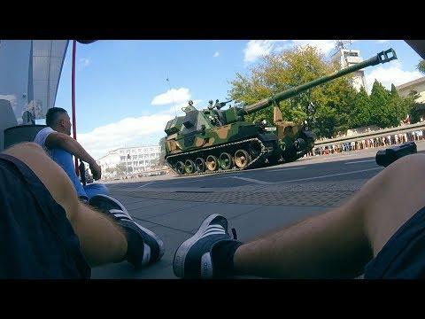 Czołg Na Ulicy W Warszawie