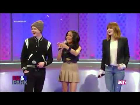 Andrew Garfield Does A Backflip - Dance Battle Vs Jamie Foxx