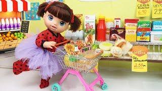 Duda Vai ao Supermercado de LadyBug Bailarina - Lilly Doll