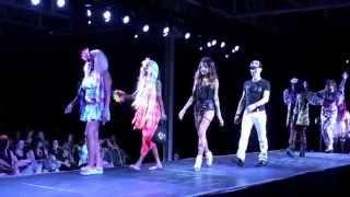 Anime North Fashion Show 2014-6-Cyber, Gyaru