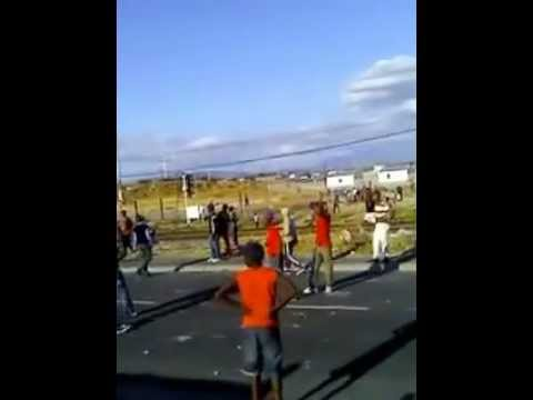 The Vatos Locos and Vura gang fight near D-section thumbnail