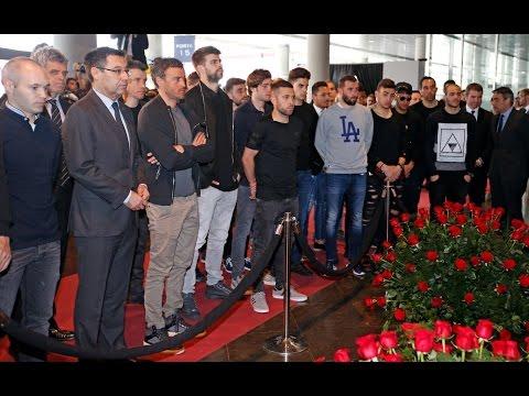 FC Barcelona's first team visit Johan Cruyff Memorial