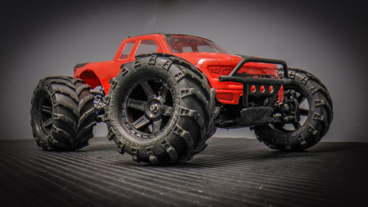 remote control monster trucks with Watch on 2010 Ford F 150 Svt Raptor in addition Watch likewise Best Rc Rock Crawler moreover Watch moreover Sale 22693.
