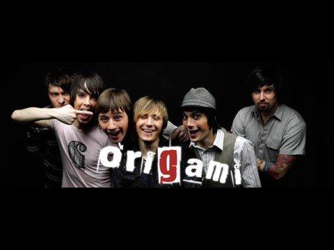 Слова песни без лишних слов оригами