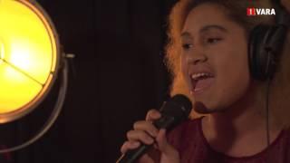 Watch Musiq Soulchild Just Friends video