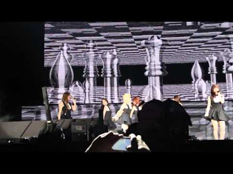 [FANCAM] 150329 SNSD - Mr Mr @ F1 After Race Concert in Malaysia