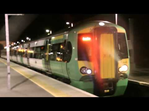 377448 Departs Crystal Palace For London Bridge At Night on Southern Metro
