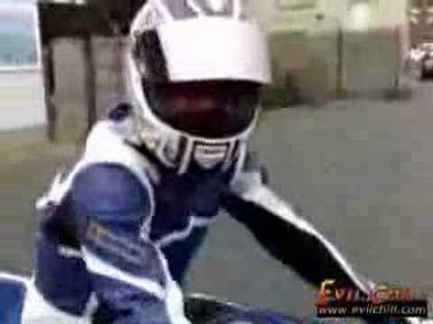komik motor kazası