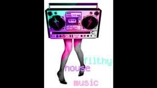 Download Lagu New House musik remix 2010-2011 Gratis STAFABAND