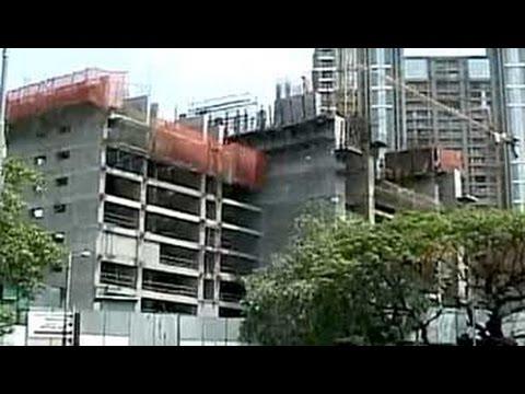 Builder arm-twists home buyers?