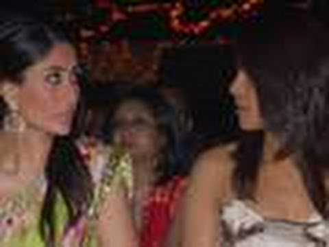 Looks like Kareena Kapoor and Priyanka Chopra just have to take a swipe at each other. The two don't mince words when it comes to reacting to each others' st...