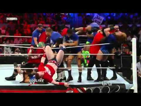 WWE Raw 25/04/11 - 20-man Battle Royal - Raw vs Smackdown (HQ)