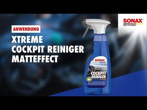 Anwendung SONAX Xtreme CockpitReiniger