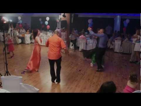 Denisa – Marie si Marioara (sarba) la nunta Anisoarei cu Sotiri