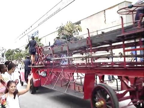 Desfile de Autos Clasicos y Antiguos Medellín Colombia, Feria de las Flores 2010.