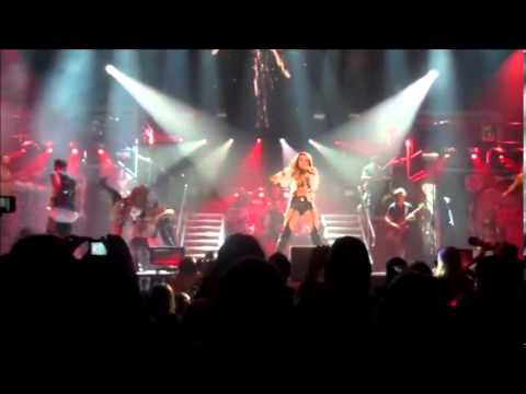 Miley Cyrus - Liberty Walk - Live in Melbourne (Gypsy Heart Tour)