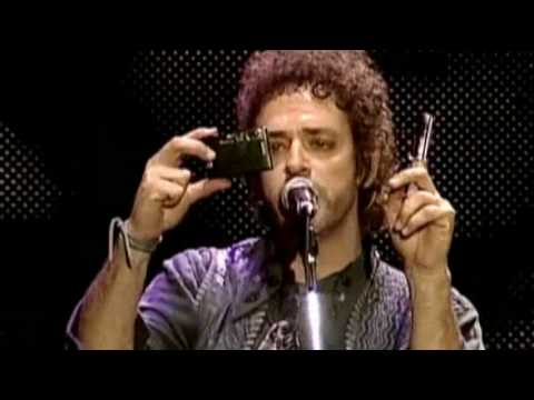 ZOOM - SODA STEREO (ESTADIO NACIONAL LIMA PERU 2007)