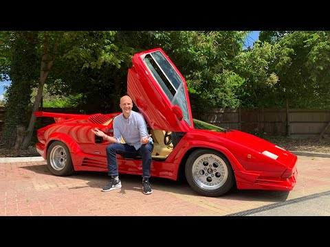 What It's Like To Drive A Lamborghini Countach 25th Anniversary