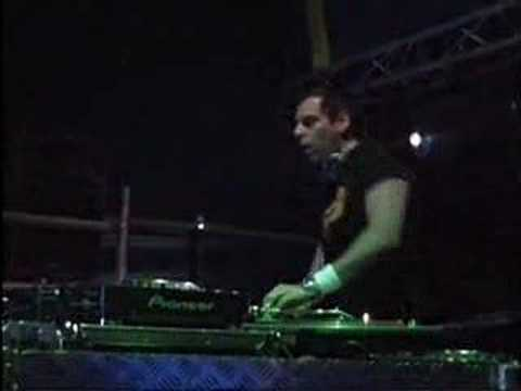 DJ Maaz http://wn.com/FM_Radio_DJ_Maaz_and_DJ_Bhatti_Post_by_Zagham