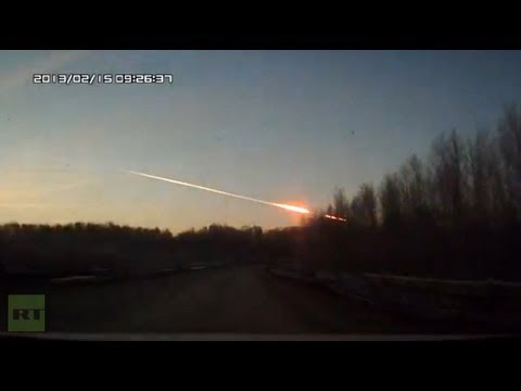 0 Nearly 1,000 hurt as 10 ton meteor screams across Russian sky