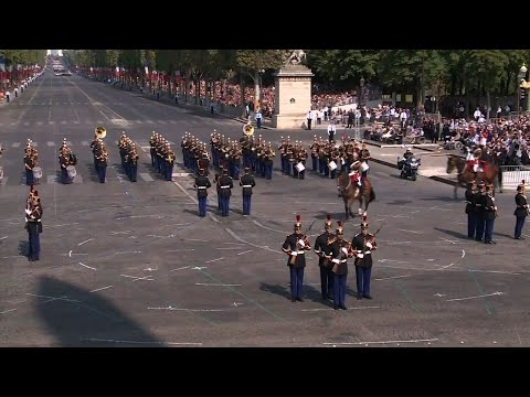 French Police Crash During Bastille Day Parade